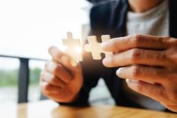 API Management system dla banków, dużych korporacji to sposób na zarządzanie cyklem życia tysięcy API i innowacją przedsiębiorstwa.